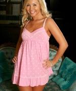Aaliyah Love pink teddy