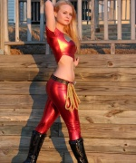 Alisa Kiss wonder girl