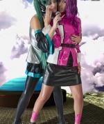 Cosplay Erotica Destiny and Miku