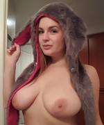 Danielle shows off her big boobs in selfies and also a couple of pussy pics