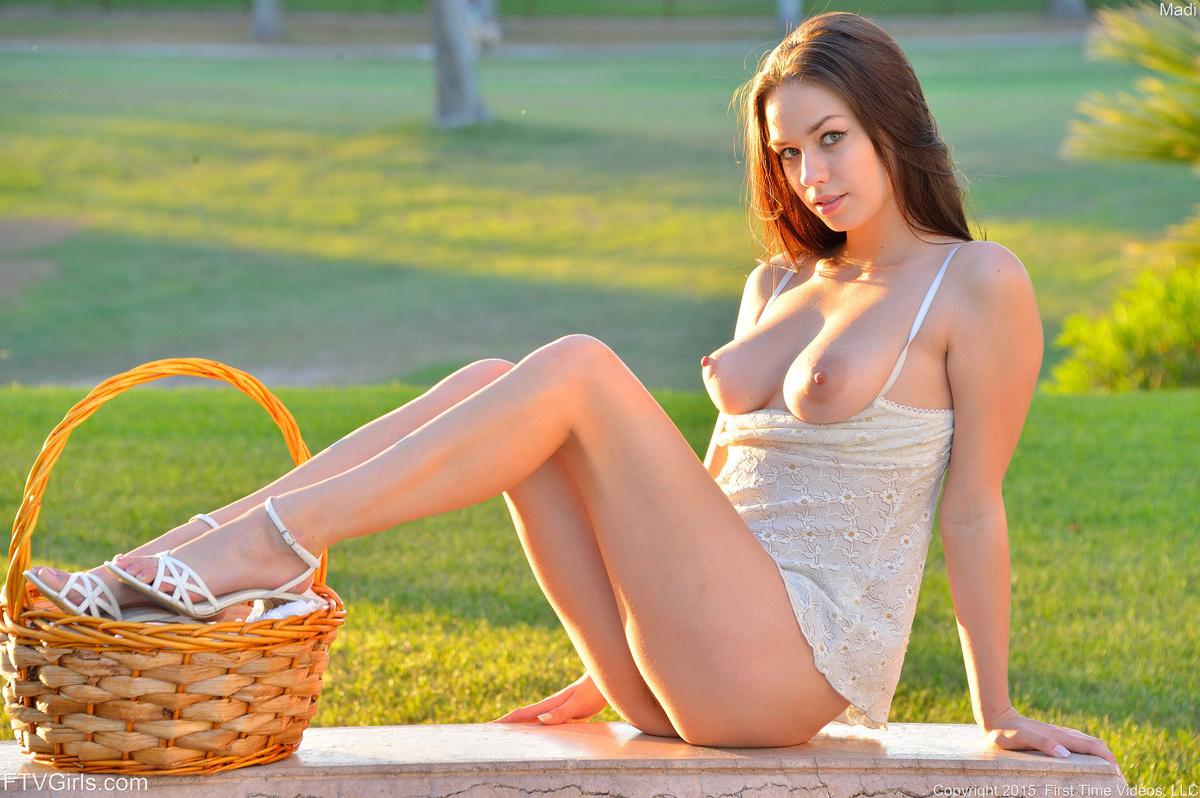 Fully Nude Ftv Playboy Girl Egotastic Photos