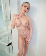 Katie Banks Shower Sex