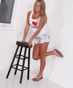 Kendra Rain loves Miami