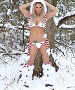 Nikki Sims Frosty Nips