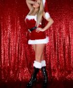 Nikki Sims Christmas 2016