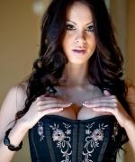Talia Shepard corsettea