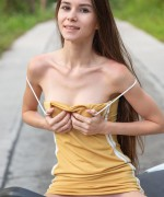 Leona Mia Watch 4 Beauty as this stunning babe loves to tease her stunning body